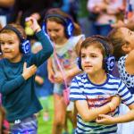 Silent disco ideaal als klassenuitje